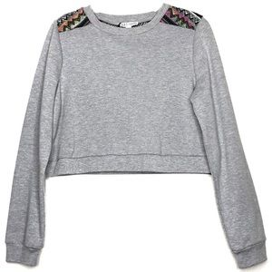 MACY'S Cropped Gray Cotton Poly Sweatshirt Aztek